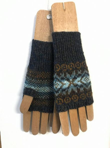 Gotland Mitts - Wilma Malcolmson